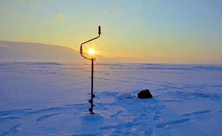 Ловля окуня на балансир зимой. Тактика поиска и техника ловли.