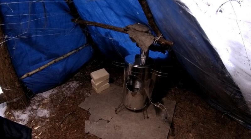Настоящая походная печь  3 килограмма полезного груза и тепло в любом шалаше