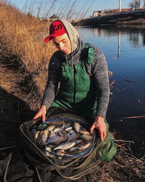 Фидерная ловля на малой реке