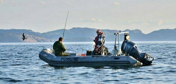 Как выбирать надувную лодку для рыбалки и отдыха