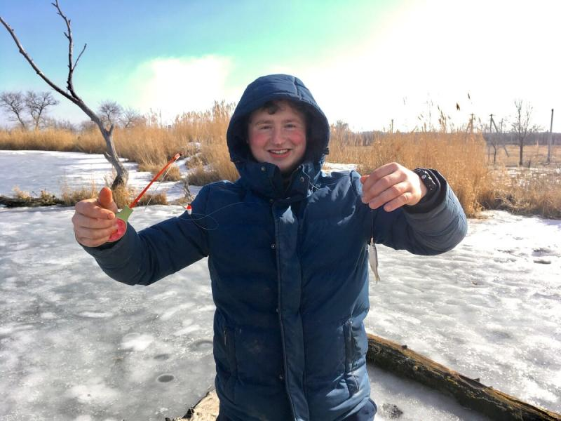 Непрофессионалы на зимней рыбалке - мой первый выезд в 2020 году