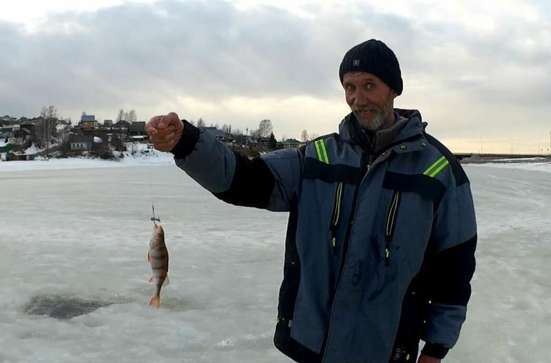 Окунь есть! Финальный выход на лёд. Хорошее завершение сезона подлёдной рыбалки. Весна 2020.