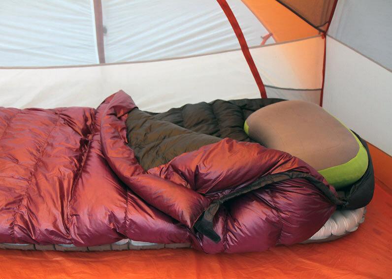 Походная подушка Aeros – 144 грамма настоящего комфорта