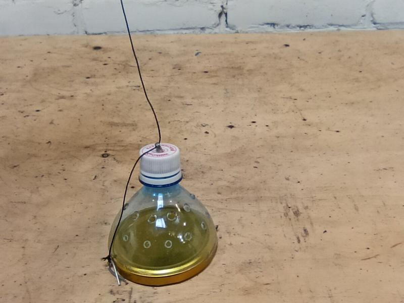 Снасть из обычной бутылки, которая поможет поймать много рыбы.