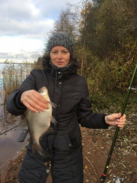 Рыбалка на подлещика осенью🐟Накормили голодных местных...