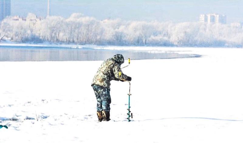 3 ошибки при ловле со льда, которые допускают 70% рыбаков (вследствие чего ловят мало)