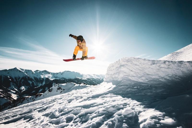 Если в первый раз встаете на лыжи или сноуборд — пошаговая инструкция