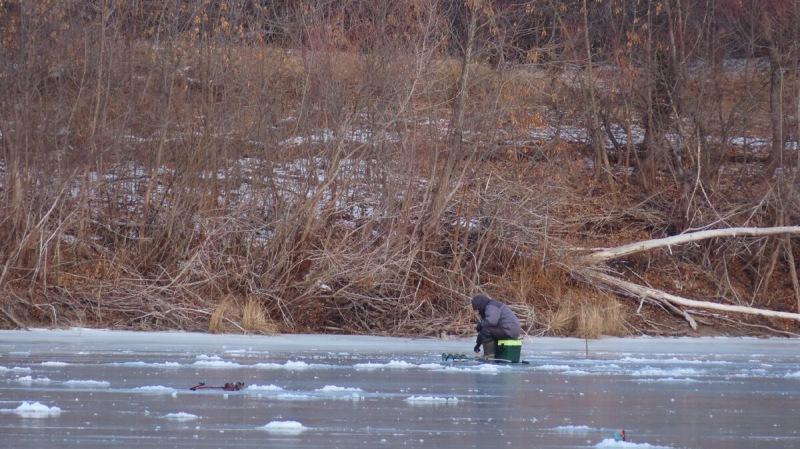 Ловля плотвы зимой. Как найти плотву в глухозимье
