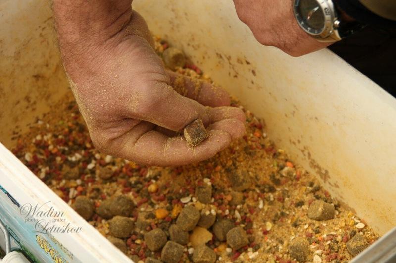 Насадка и прикормка пелетс. Насколько она эффективна, при ловли карпа? (личный опыт)