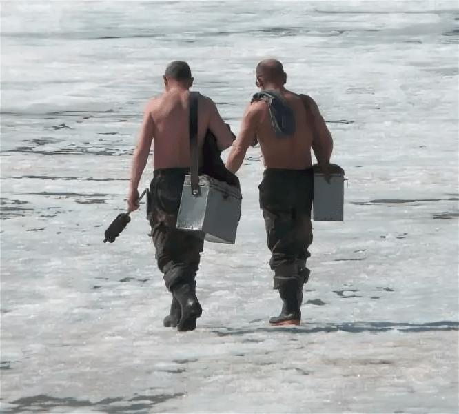 Чем отличается весенняя рыбалка со льда от зимней