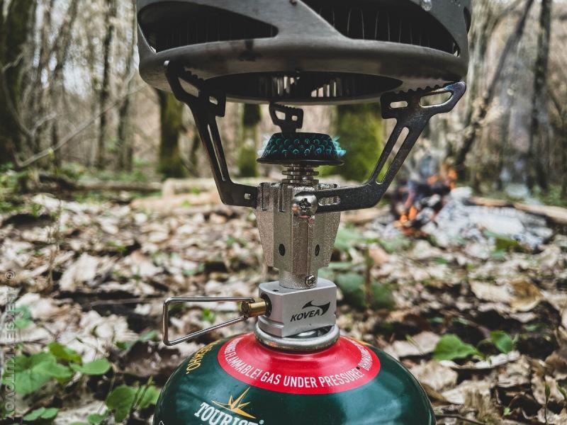 Подборка товаров для туризма, которыми я пользуюсь в походах: фонарь, горелка, котелок