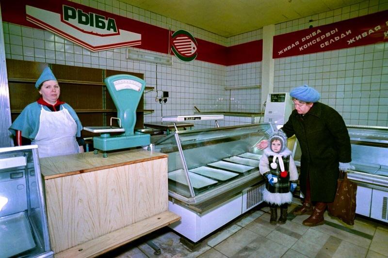 Мелкая и копеечная рыба для кошек из Советского Союза уже по цене промысловых